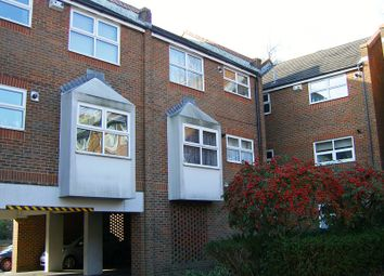 Thumbnail 1 bed flat to rent in Manning Close, East Grinstead