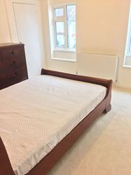 Thumbnail Room to rent in Brunswick Crescent, London