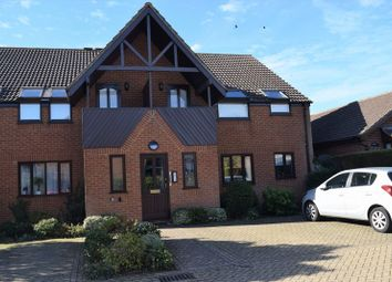 Thumbnail 2 bed flat to rent in Marlborough Place, Dunstable