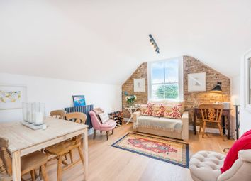 Thumbnail 2 bed flat for sale in Beverley Road, Chiswick