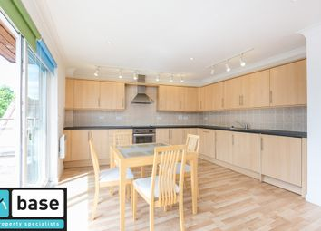 Thumbnail 2 bed flat to rent in Cleveland Way, Stepney Green
