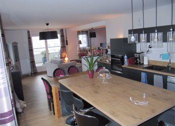 Thumbnail 2 bed apartment for sale in Bretagne, Ille-Et-Vilaine, Rennes