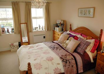 Thumbnail 2 bed flat to rent in Harrogate Road, Bradford