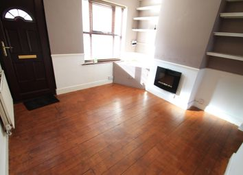 Thumbnail 2 bed property to rent in Winsdon Road, Luton