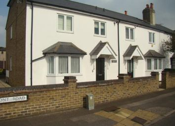 Thumbnail 2 bed flat to rent in Bedfont Road, Bedfont