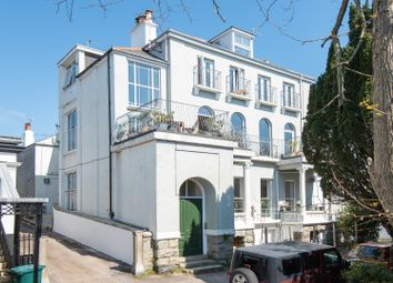 Woodlane Crescent, Falmouth TR11. 2 bed flat for sale