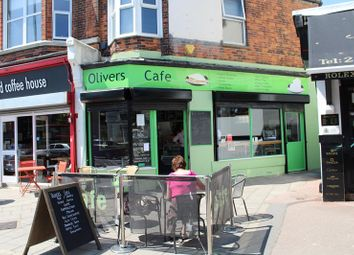 Thumbnail Restaurant/cafe to let in Olivers Cafe, 30 Station Road, Portslade, East Sussex