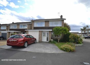 Thumbnail 4 bed detached house for sale in Farnham Close, Sawbridgeworth, Herts