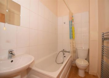 Thumbnail 2 bed flat for sale in Auckland Hill, London