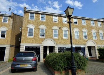 Thumbnail 1 bed property to rent in Vicarage Drive, Rectory Road, Beckenham