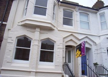 Thumbnail 4 bed flat to rent in Rugby Place, Brighton