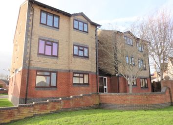 Thumbnail 1 bedroom flat to rent in Beaulieu Drive, Yeovil