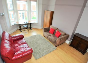 3 bed maisonette to rent in Simonside Terrace, Heaton, Newcastle Upon Tyne NE6