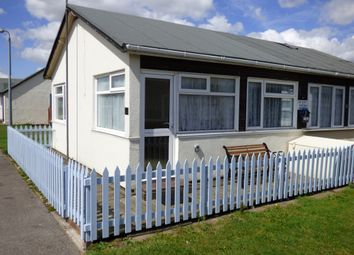 Thumbnail 2 bedroom mobile/park home for sale in 40A Third Avenue, South Shore Holiday Village, Bridlington