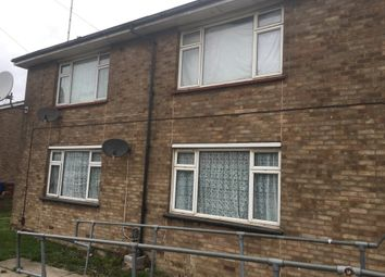Thumbnail Room to rent in Dunlop Road, Tilbury