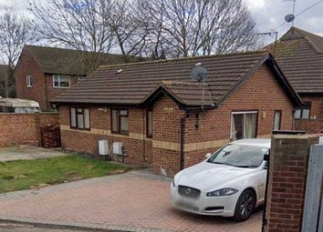 Thumbnail 3 bed bungalow to rent in Doghurst Drive, West Drayton