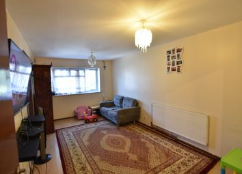 Thumbnail 1 bed flat to rent in Midsummer Avenue, Hounslow