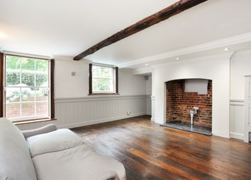 Thumbnail 2 bedroom flat to rent in Windsor Road, Datchet, Slough
