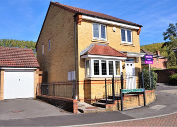 3 bed detached house for sale in Edgehill Close, Newbury RG14
