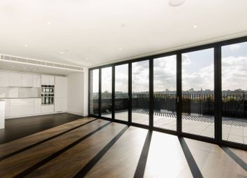 Upper Richmond Road, Putney, London SW15. 3 bed flat