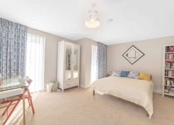 3 bed property to rent in Iverson Road, West Hampstead, London NW6