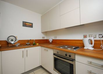 Thumbnail 1 bed flat to rent in Myddelton Passage, Clerkenwell