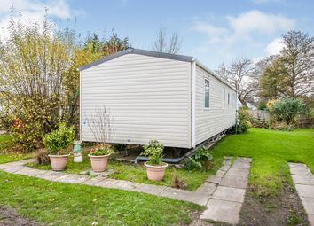 3 bed mobile/park home for sale in Chilling Lane, Warsash, Southampton SO31