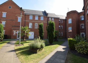 Thumbnail 2 bedroom flat for sale in Florey Gardens, Aylesbury