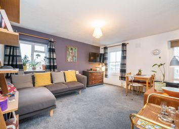 1 bed flat for sale in Hilldrop Crescent, Tufnell Park, London N7