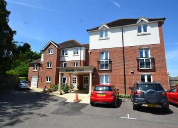 Thumbnail 1 bed flat to rent in Massetts Road, Horley