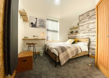 Room to rent in Hanover Street, Newcastle-Under-Lyme ST5