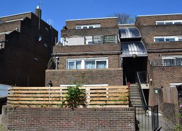 3 bed maisonette for sale in Salisbury Walk, London N19