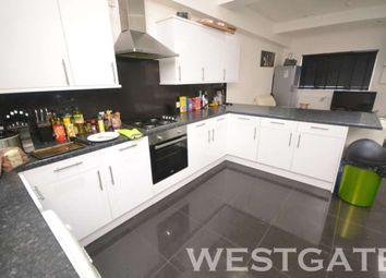 Thumbnail 7 bed terraced house to rent in London Road, Earley, Reading