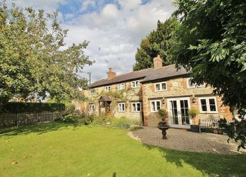 Thumbnail 4 bed cottage for sale in Northmoor, Witney