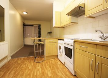 Thumbnail 1 bed flat to rent in Sangley Road, Catford