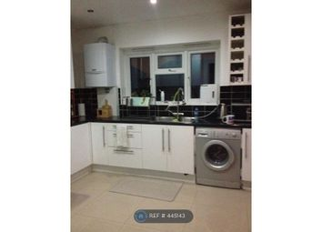 Thumbnail Room to rent in Chigwell Road, Woodford Green