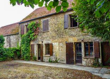 Thumbnail 7 bed property for sale in St-Julien-De-Lampon, Dordogne, France