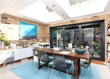 Thumbnail 5 bed terraced house for sale in Colvestone Crescent, Hackney