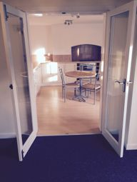Thumbnail 2 bed flat to rent in Ivydene House, 11 Langford Road, Stockport