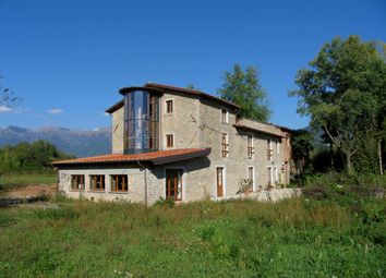 Thumbnail Farmhouse for sale in Villafranca In Lunigiana, Massa And Carrara, Italy