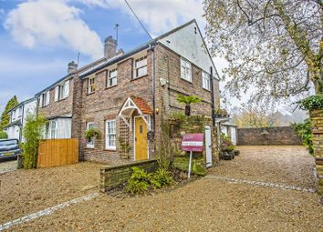 Thumbnail 1 bed maisonette for sale in High Road, Chipstead, Coulsdon