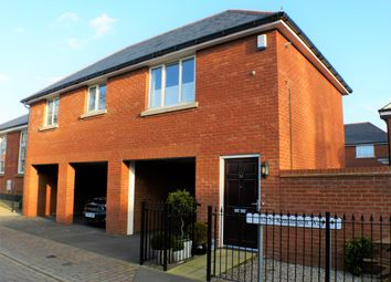 Thumbnail 2 bed flat to rent in Kensington Way, Brentwood