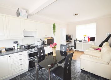Thumbnail Room to rent in Billet Road, London
