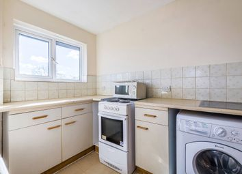 Thumbnail 3 bed flat to rent in Pulford Road, London