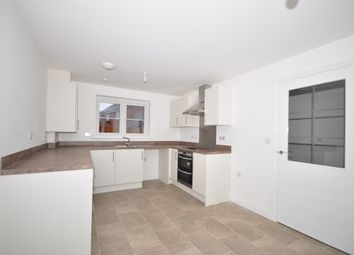 Thumbnail 3 bedroom detached house to rent in Hadaway Road, Maidstone
