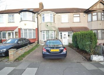 3 bed terraced house to rent in Ridgeway Gardens, Ilford, Essex IG4