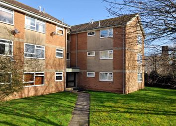 Thumbnail 1 bedroom flat to rent in Woodlands Road, Witney