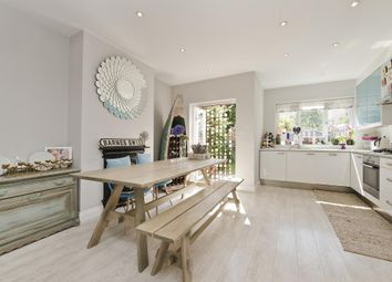 Thumbnail 3 bed property to rent in Rosslyn Avenue, London