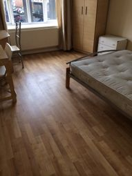 Thumbnail 2 bed flat to rent in 84 Park Street, Luton