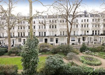 Thumbnail 2 bedroom flat for sale in Rutland Gate, London